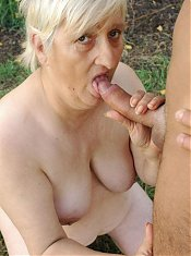 Filthy granny Mandy lured a masked hottie into fucking her wrinkled pussy slit live