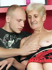 Pretty grey haired grandma Irene removes her denures to ferociously suck a dick on webcam